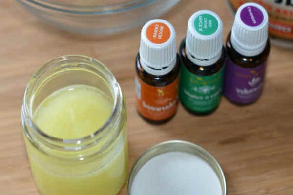 как применять эфирные масла для ног_масла