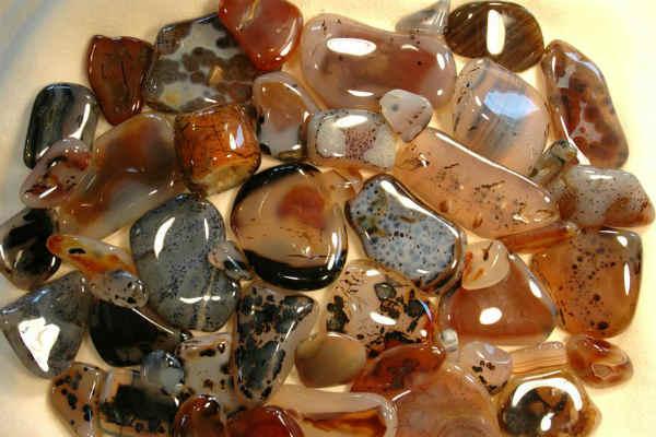 агат камень-свойства