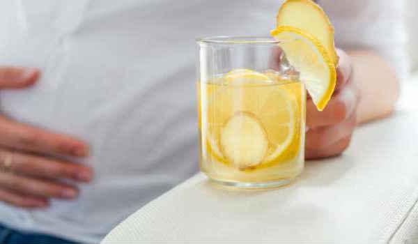 как лечить запор у взрослых-лимонная вода