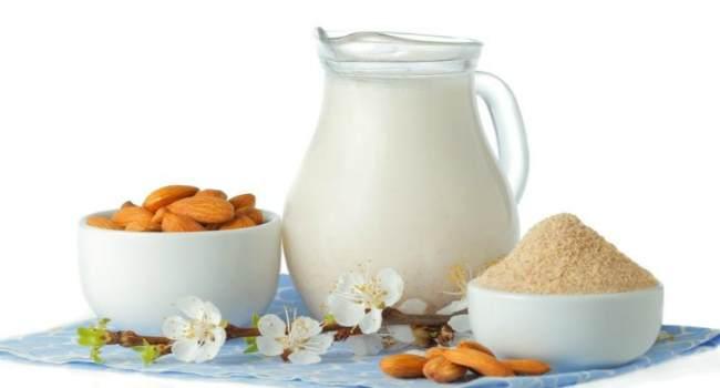 миндальное молоко-состав-польза