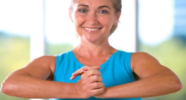 упражнения для укрепления грудных мышц-жим рук