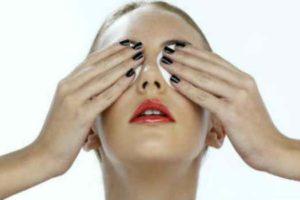 чешутся зеницы на уголках глаз-что делать-лечение