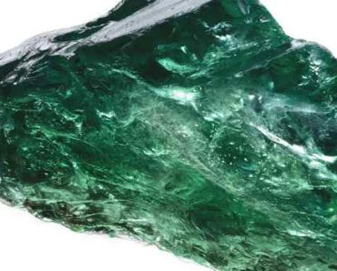 камень изумруд-свойства-кому подходит