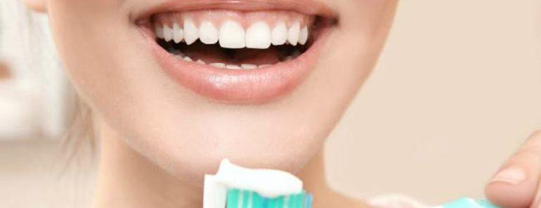 черные пятна на зубах-что делать домашние средства