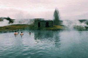 termalnaya-voda-lechebnye-svojstva-pokazaniya-k-primeneniyu